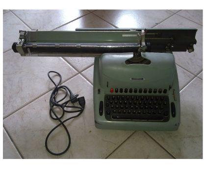 Foto di Vivastreet.it Macchina da scrivere elettrica Olivetti Lexikon 80 E.