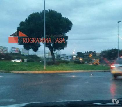 Foto di Vivastreet.it Terreno roma caserosse 1000 mq parcheggio magazzin