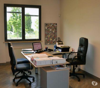 Foto di Vivastreet.it Apri un'agenzia assicurativa a Savona