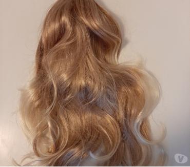 Foto di Vivastreet.it Coda di capelli con fermaglio