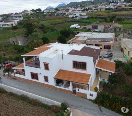 Foto di Vivastreet.it Lipari pianoconte villa singola con terrazze,giardino
