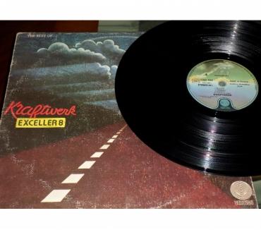 Foto di Vivastreet.it KRAFTWERK - Exceller 8 The Best Of - LP 33 giri 1975