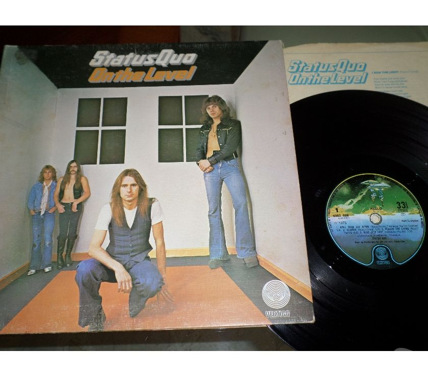 compact disc dvd e videogames Palermo e provincia Palermo - Foto di Vivastreet.it STATUS QUO - On The Level - LP 33 giri 1975 Gatefold