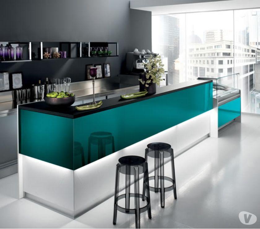 Foto di Vivastreet.it Banco bar in offerta +tavoli e sedie