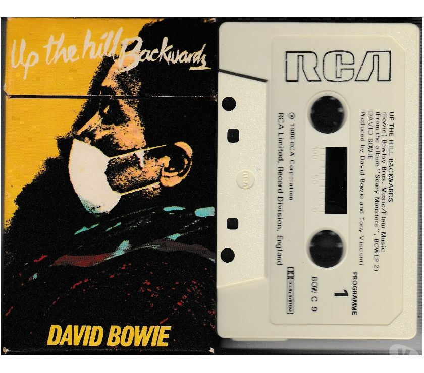compact disc dvd e videogames Palermo e provincia Palermo - Foto di Vivastreet.it DAVID BOWIE - Up the Hill Backwards - RARA Cassette, Tape