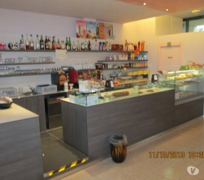 Foto di Vivastreet.it restyling banchi bar