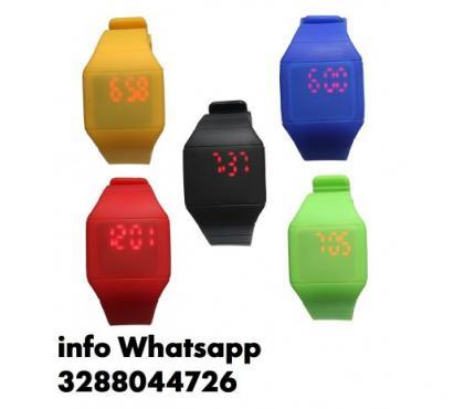 Foto di Vivastreet.it Silicone digital led orologio da polso sport kid wrist watc