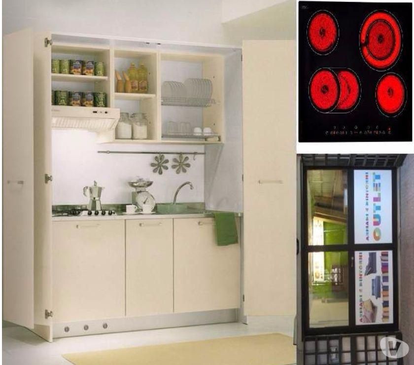 Foto di Vivastreet.it Cucina monoblocco a scomparsa c aperta+ p. c. VETROCERAMICA