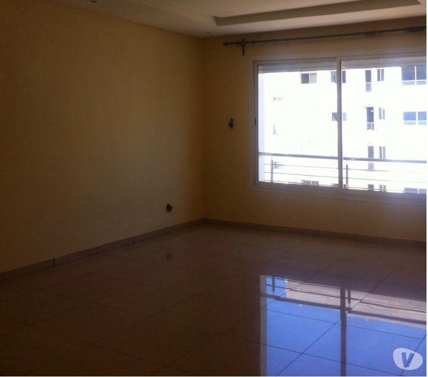 Photos pour Appartement vide à louer à AV Des Far Agadir