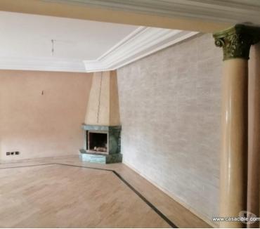 Photos pour Maarif: Location appartement vide de 3 chambres et balcon.