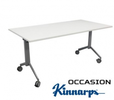 Photos pour Table pliante kinnarps 140x70cm blanche