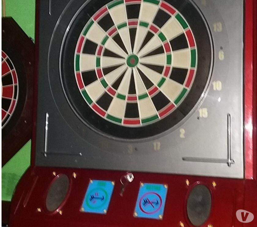 Fotos para Máquina marca Style Dart de setas com 8 jogadores